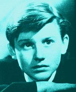 logo photo Roddy McDowall in the 1940s